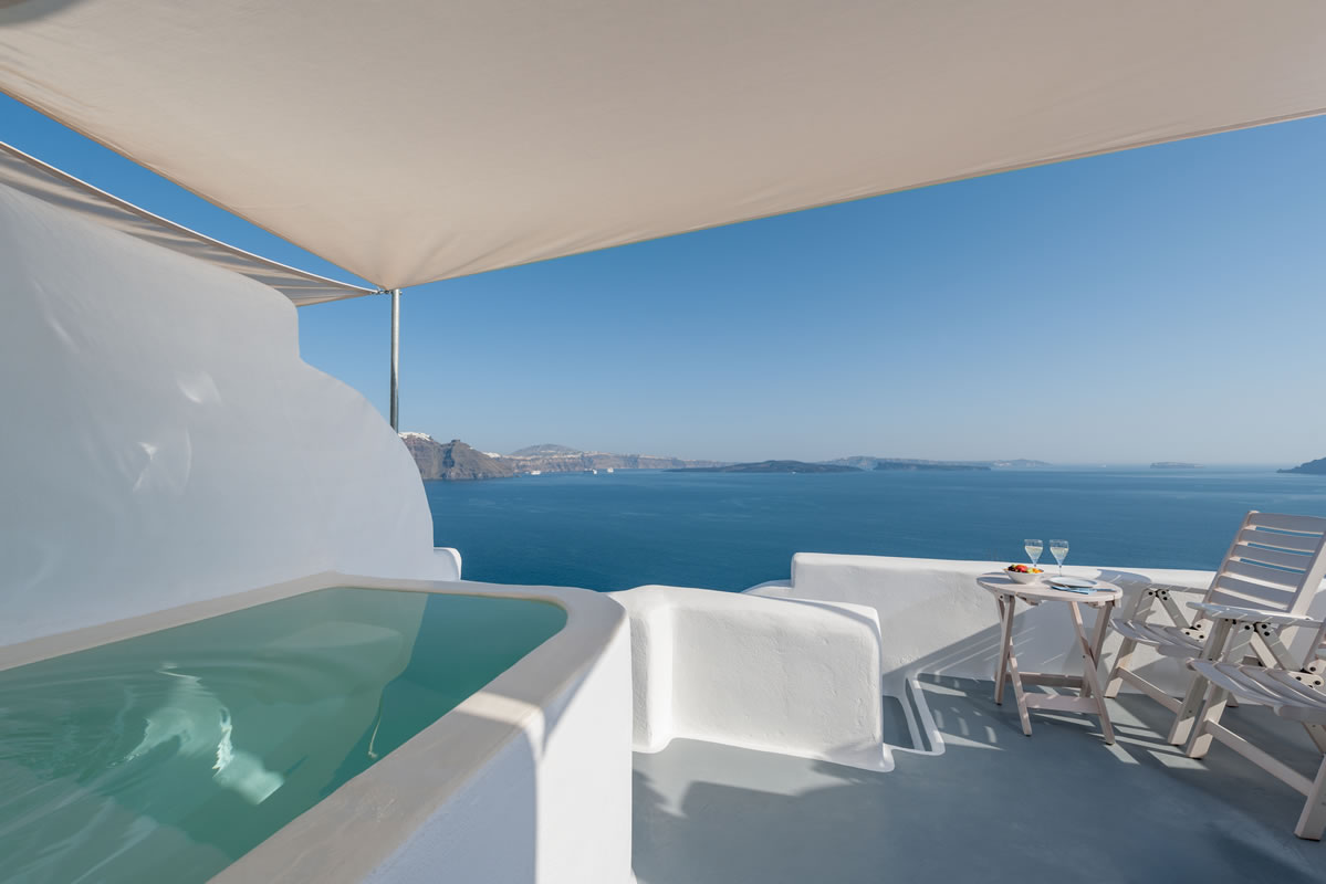 The private balcony of the Thirea superior suite in Santorini