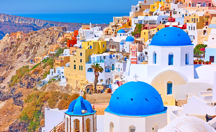 Scenic Santorini Blue Domes – The 7 Must-Visit Churches and Monasteries